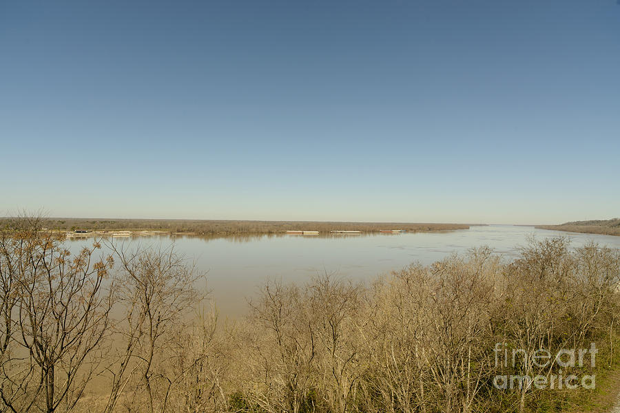Mississippi River Photograph - Ms River In Winter by Russell Christie
