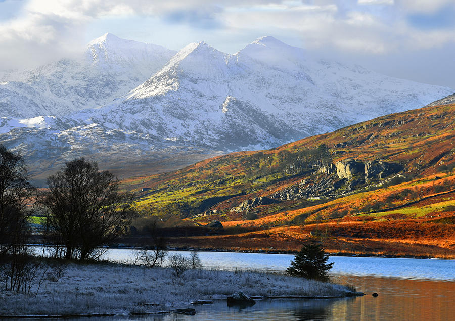 Mt Snowdon Photograph - Mt Snowdon Snowdonia The Snowdon Horseshoe From Llynnau Mymbyr by Regie Marshall