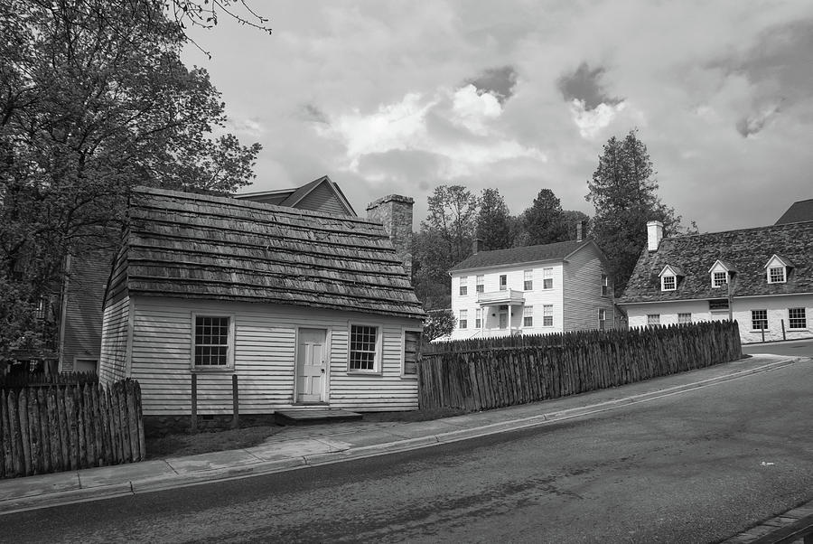 Architecture Photograph - Mugulpin House 10338 by Guy Whiteley