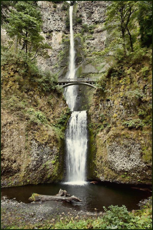 Multinomah Falls Desaturated by Karen Ulvestad