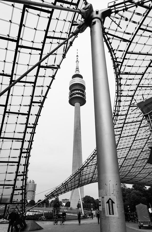 Bayern Photograph - Munich by Pedro Nunez