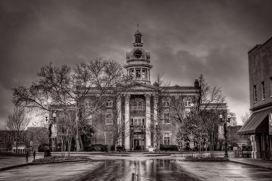 Capitol Photograph - Murfreesboro Town Hall by Brett Engle