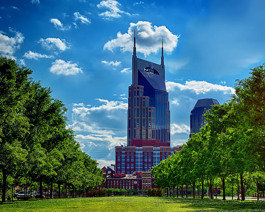 At&t Building Nashville Photograph - Nashville Batman Building Landscape by Dan Holland