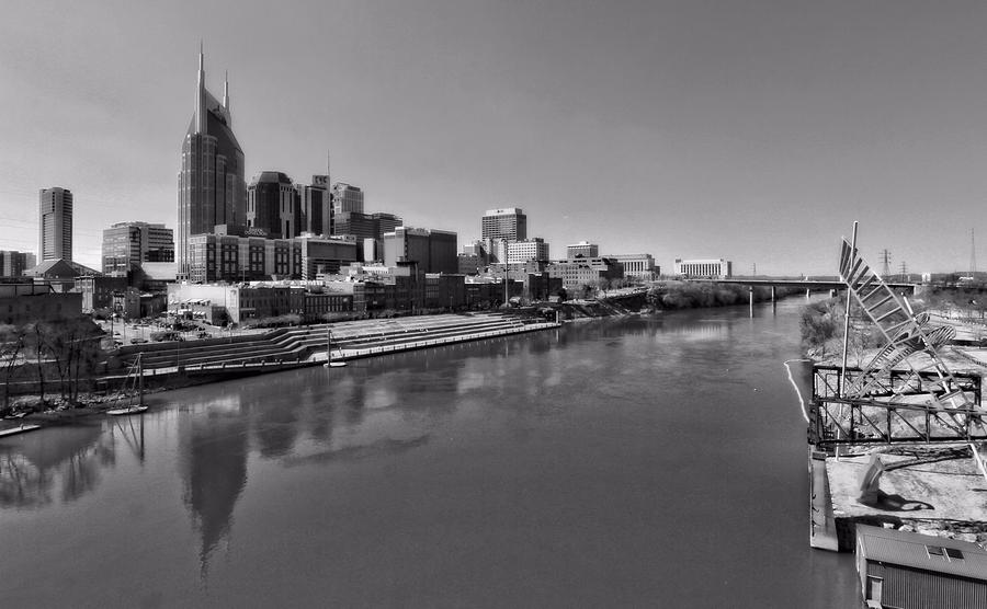 Nashville Skyline In Black And White At Day Photograph - Nashville Skyline In Black And White At Day by Dan Sproul