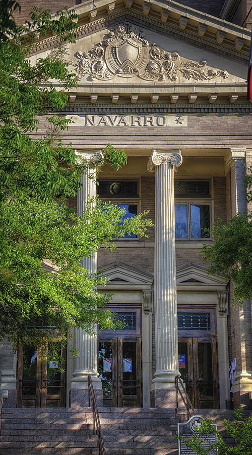 Courthouse Photograph - Navarro County Courthouse by Joan Carroll