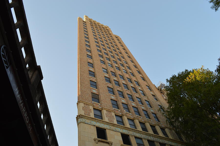 Architecture Photograph - Navarro St Illusion by Shawn Marlow