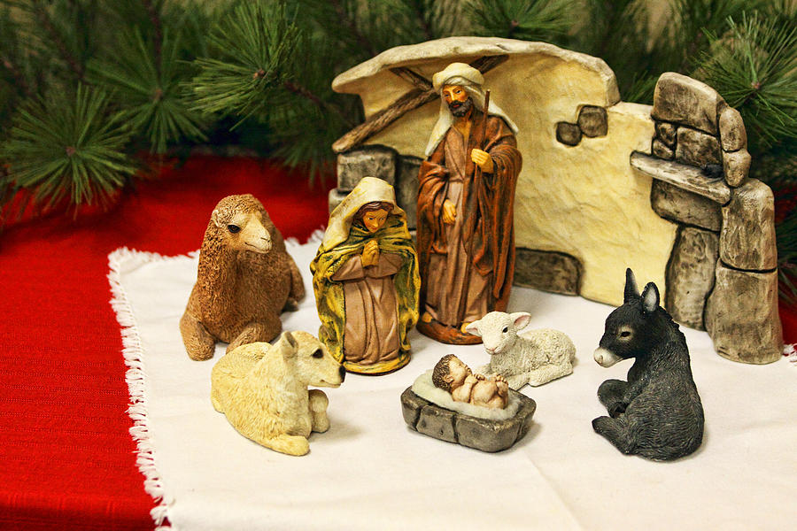 Christmas Photograph - Navitity In Ceramics by Linda Phelps