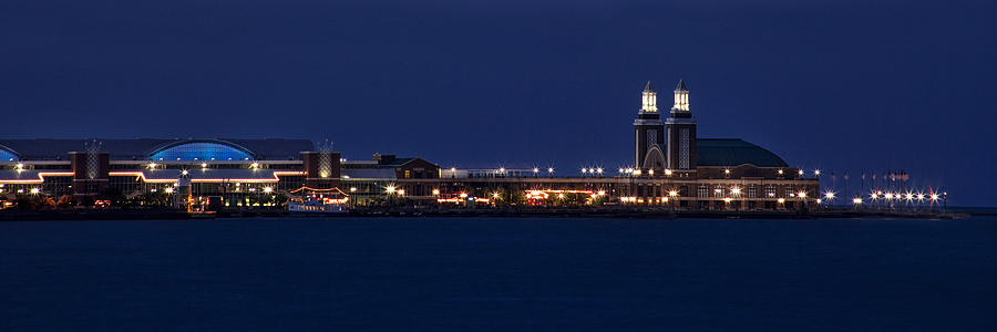 Navy Pier Photograph - Navy Pier At Twilight by Andrew Soundarajan