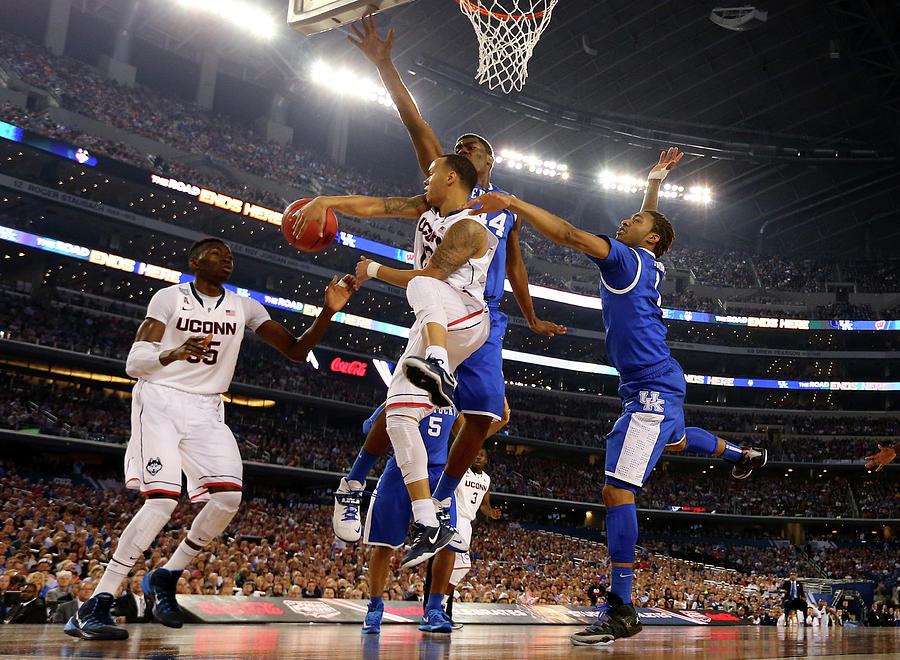 Ncaa Mens Final Four - Championship Photograph by Jamie Squire