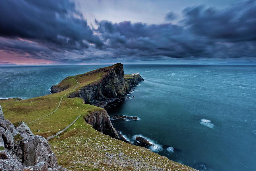 Neist Point, Isle Of Skye, Scotland Photograph by Eddie Esdale