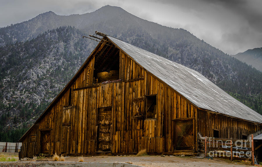 Barn Photograph - Nevada Barn by Mitch Shindelbower