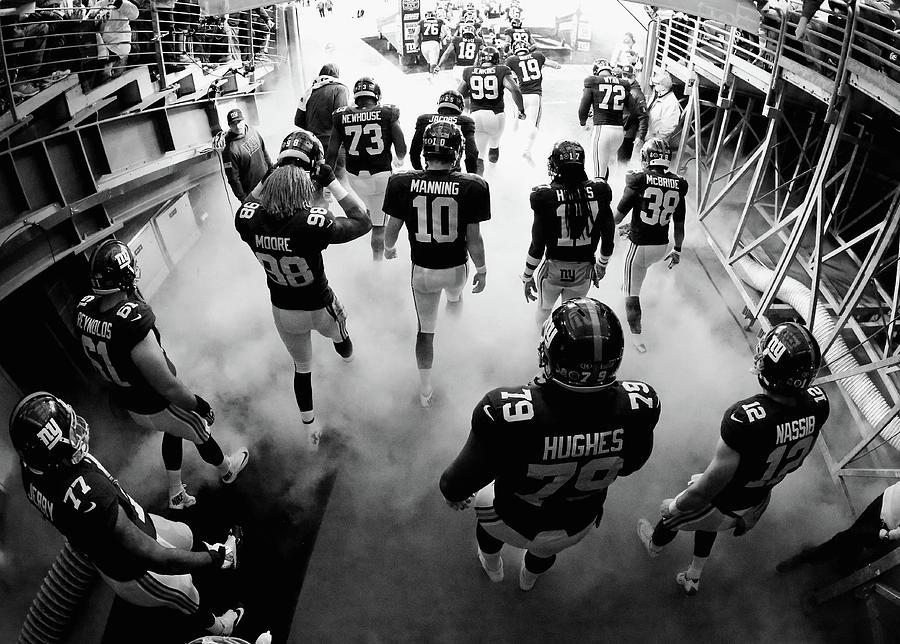 New England Patriots V New York Giants Photograph by Al Bello