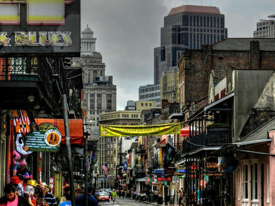 New Orleans Photograph - New Orleans - Bourbon Street 008 by Lance Vaughn