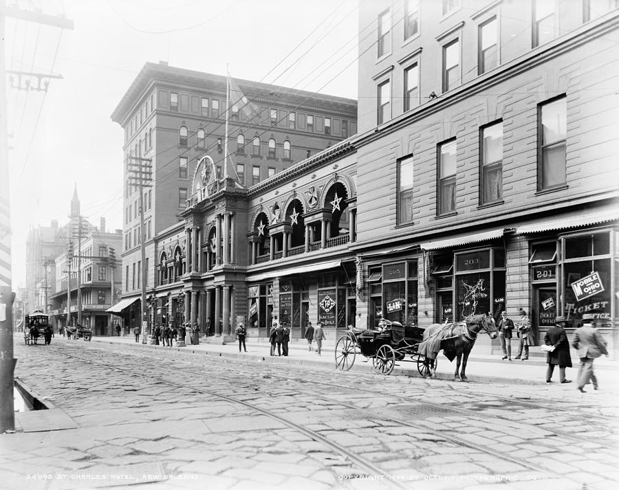 1890 Photograph - New Orleans Hotel, C1900 by Granger