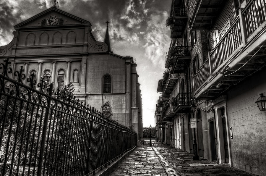New Orleans' Pirates Alley In Black and White by Greg and Chrystal Mimbs