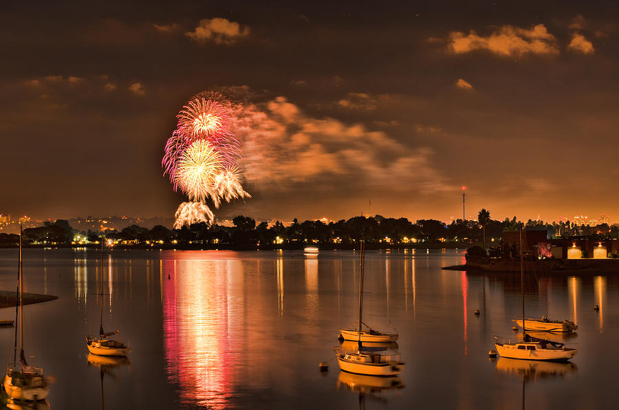 New Year's Fireworks At Sea World Photograph by Kayta ...