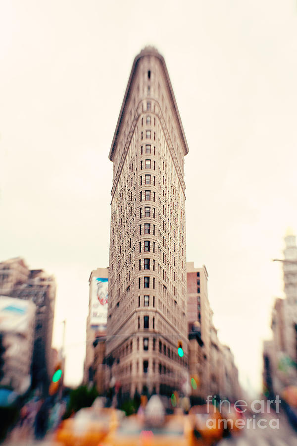 Flatiron Building Photograph - New York City Flatiron Building by Kim Fearheiley