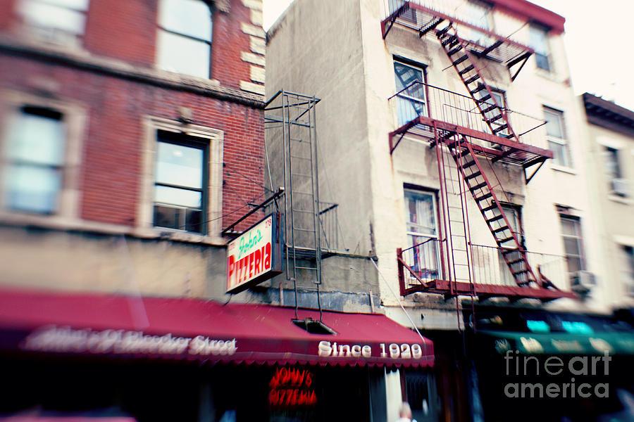 Nyc Photograph - New York City Johns Pizzeria by Kim Fearheiley