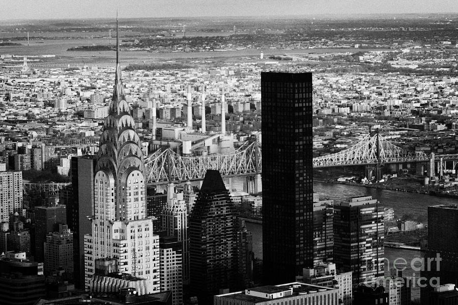 new york city skyline chrysler building trump tower queens. Black Bedroom Furniture Sets. Home Design Ideas