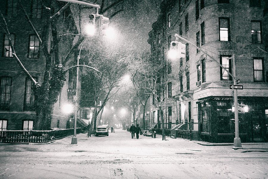 Nyc Photograph - New York City - Winter Night In The West Village by Vivienne Gucwa