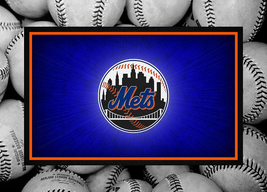 Mets Photograph - New York Mets by Joe Hamilton