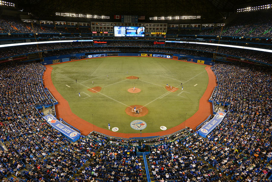 New York Yankees V. Toronto Blue Jays Photograph by Mark Cunningham