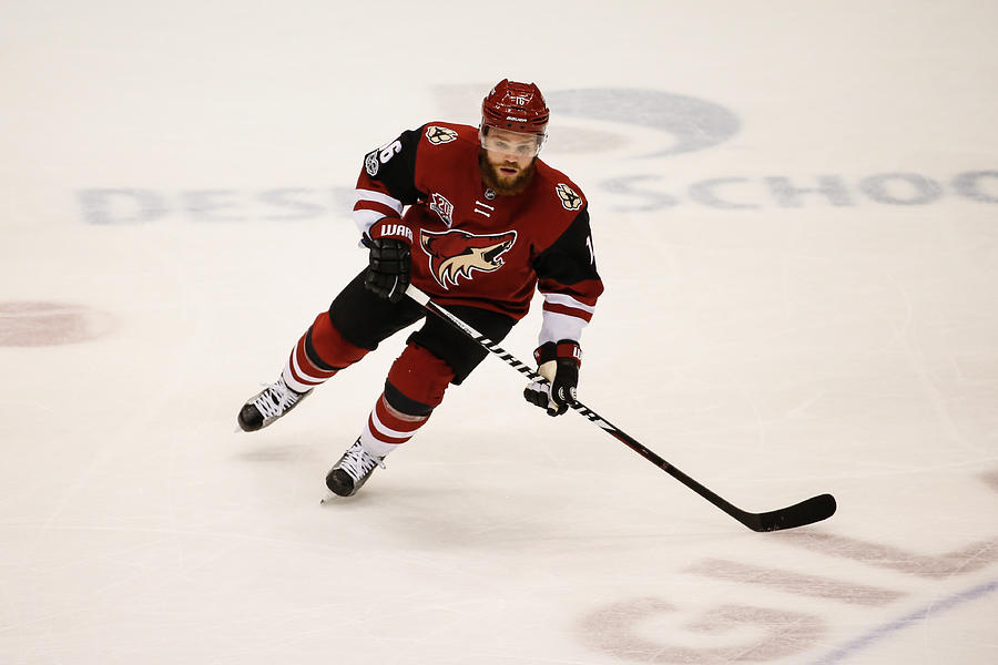 NHL: MAR 31 Capitals at Coyotes Photograph by Icon Sportswire
