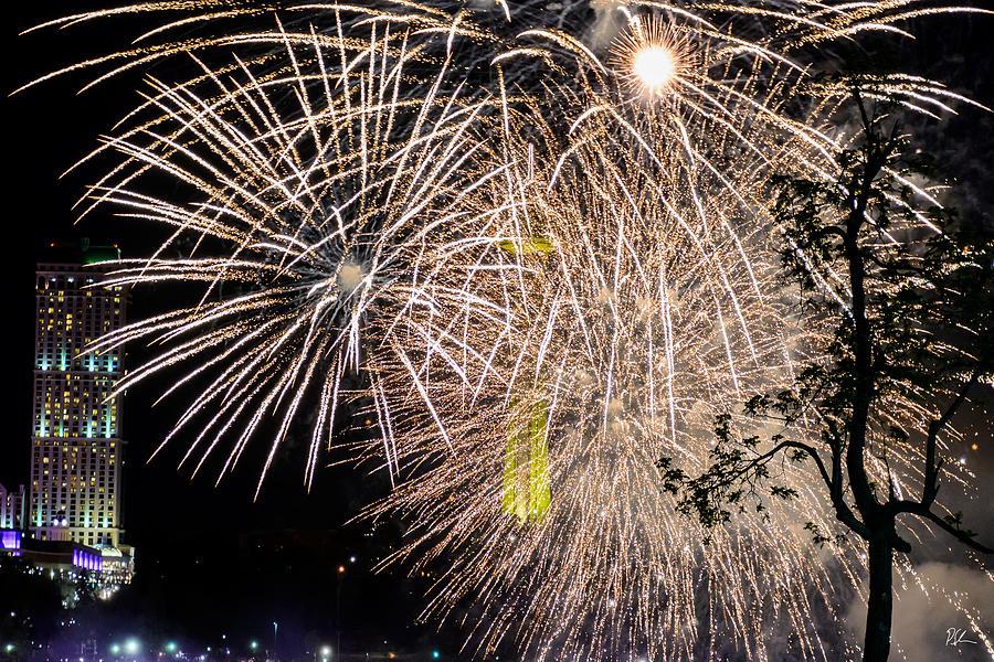 Niagara Falls Photograph - Niagara Fireworks 2 by Pat Scanlon