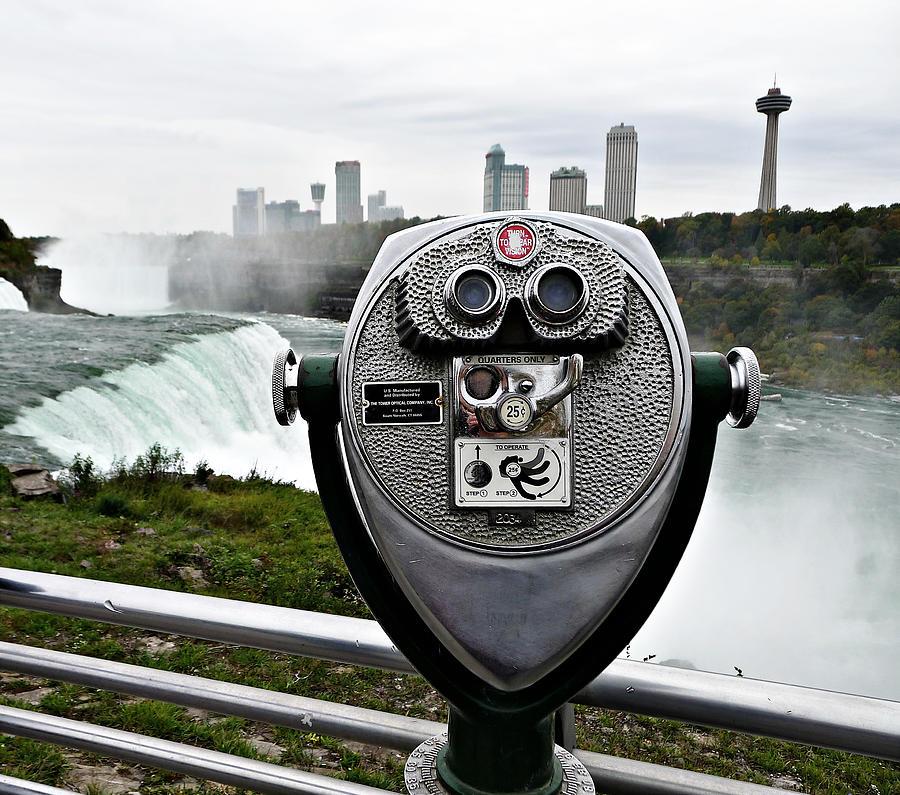 Niagara Photograph - Niagara Vigil by Richard Reeve