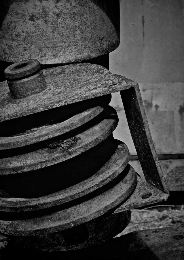 Pulley Photograph - No Spin by Odd Jeppesen