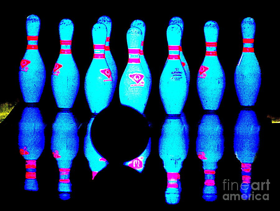Bowling Photograph - No Turning Back by Ed Weidman