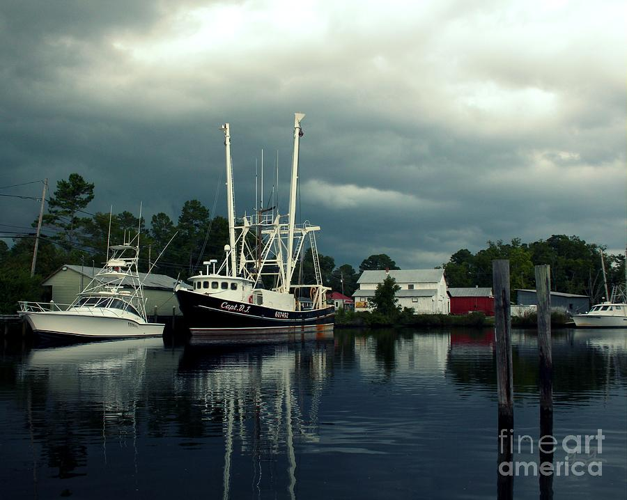 bayboro chat The full-service marina is equipped with a 50-ton travel lift and located in a quiet,  protected cove off the bay river in bayboro, north carolina this well marked.