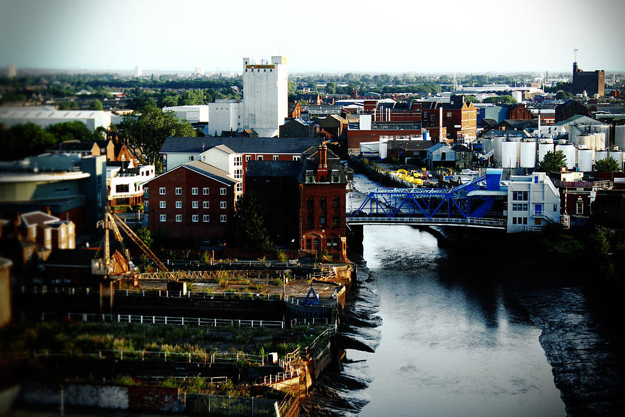 River Photograph - North Bridge Kingston Upon Hull by Anthony Bean