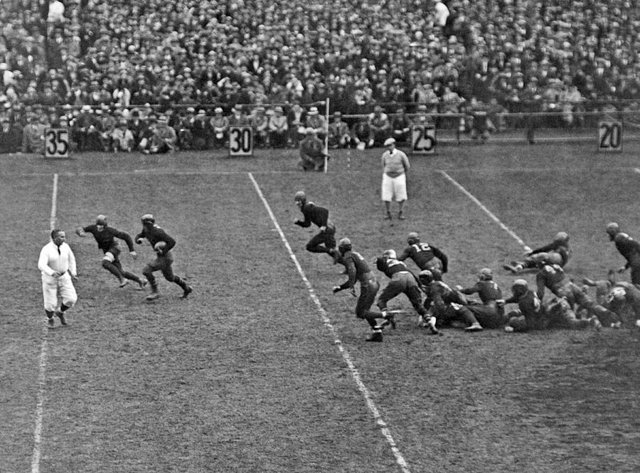 1928 Photograph - Notre Dame Versus Army Game by Underwood Archives