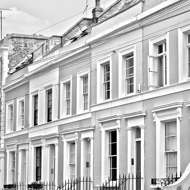 Beautiful Photograph - #nottinghill #london #england by Georgia Fowler
