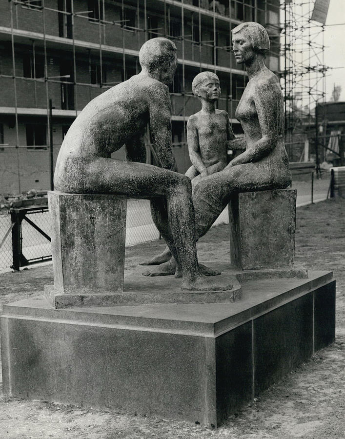 Familie Nude