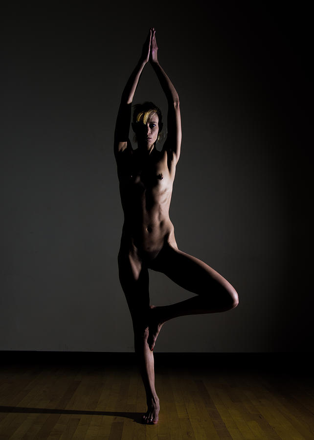 Yoga Nude