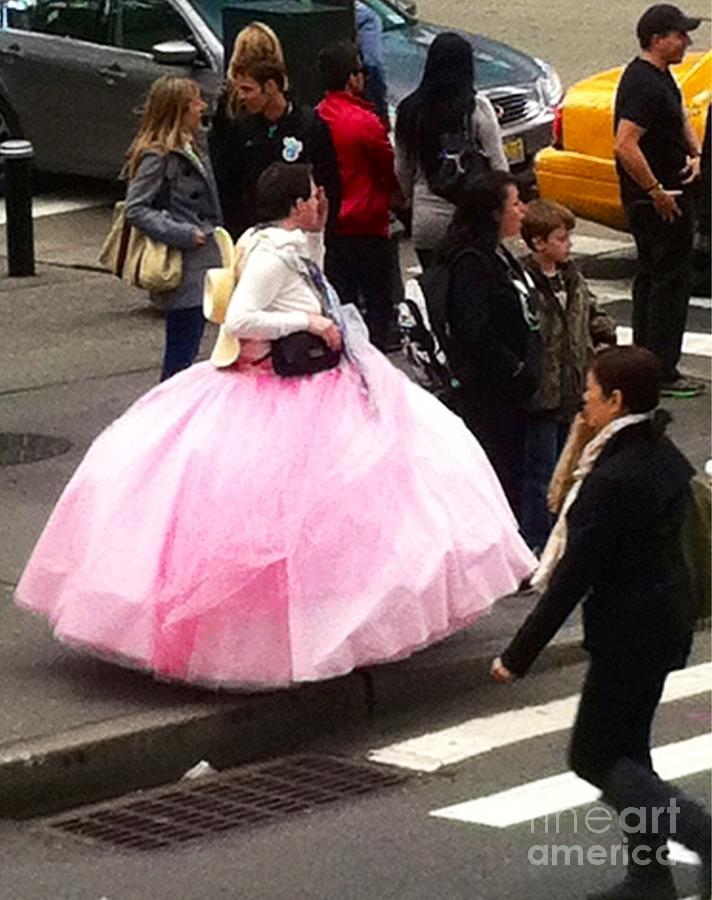 Pink Ball Gown Photograph - Nyc Ball Gown Walk by Susan Garren