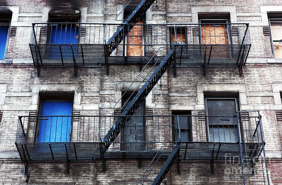 New York City Photograph - Nyc Escape by John Rizzuto