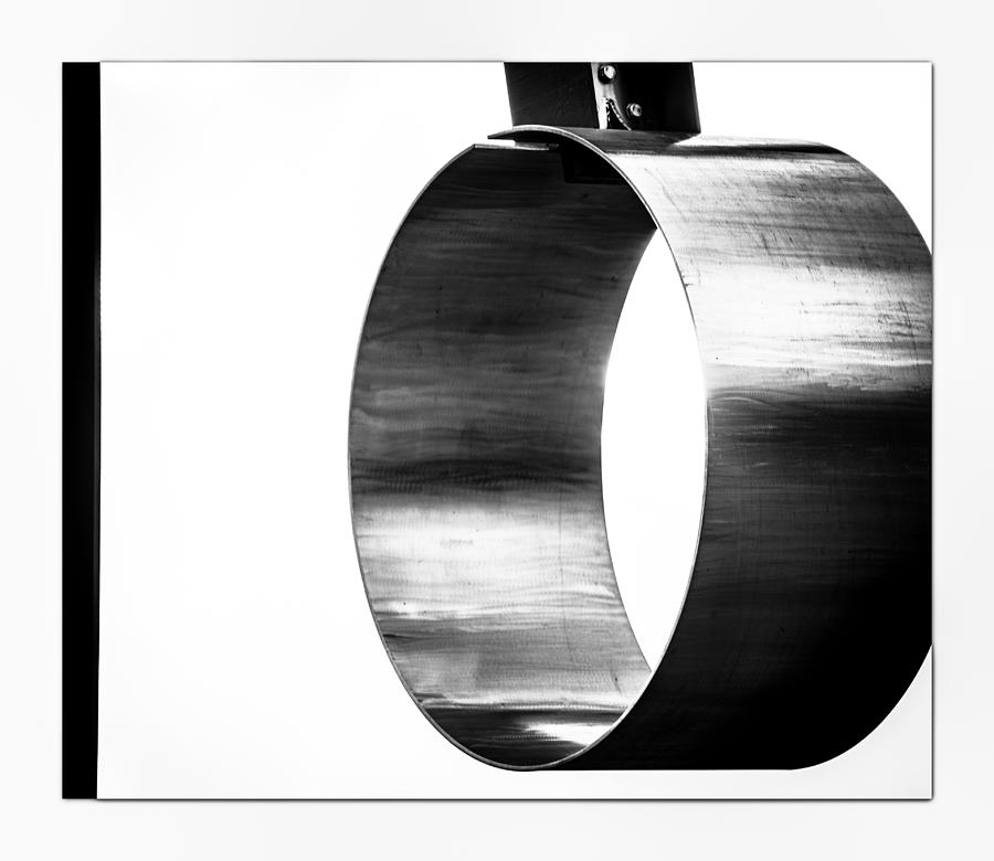 Abstract Photograph - O by Darryl Dalton