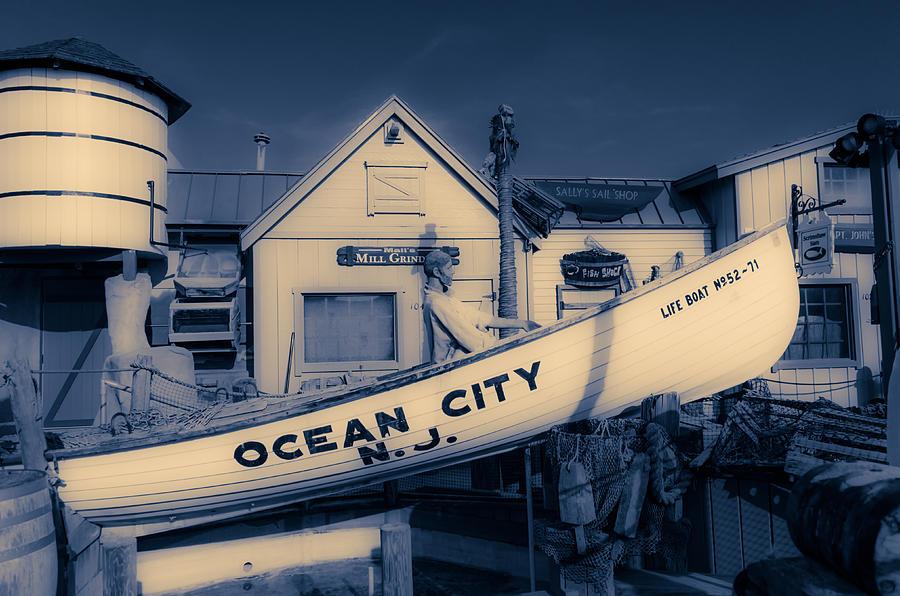 Ocean City Photograph - Ocean City Boardwalk Duotone by Fussgangerfoto