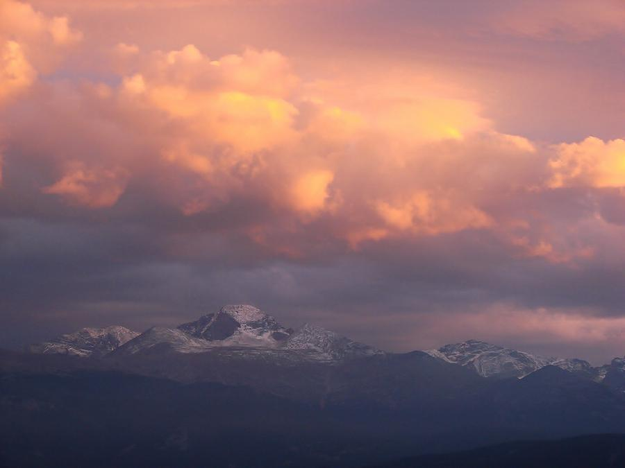 Sunset Photograph - October Sunset Over Longs Peak by Margaret Bobb