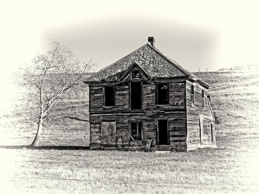 Victorian Photograph - Okanogan Homestead - Washington by Daniel Hagerman