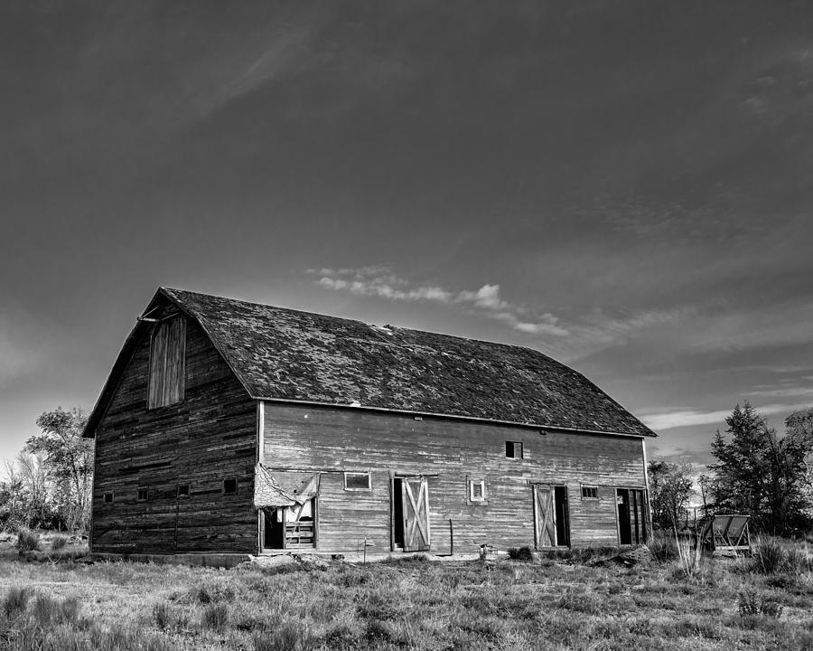 2013 Photograph - Old Abandoned Barn - D Rd Nw - Douglas County - Washington - May 2013 by Steve G Bisig