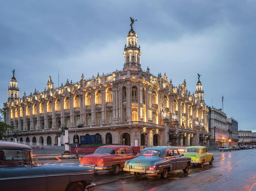 Old American Cars And The Cuban Photograph by Buena Vista Images