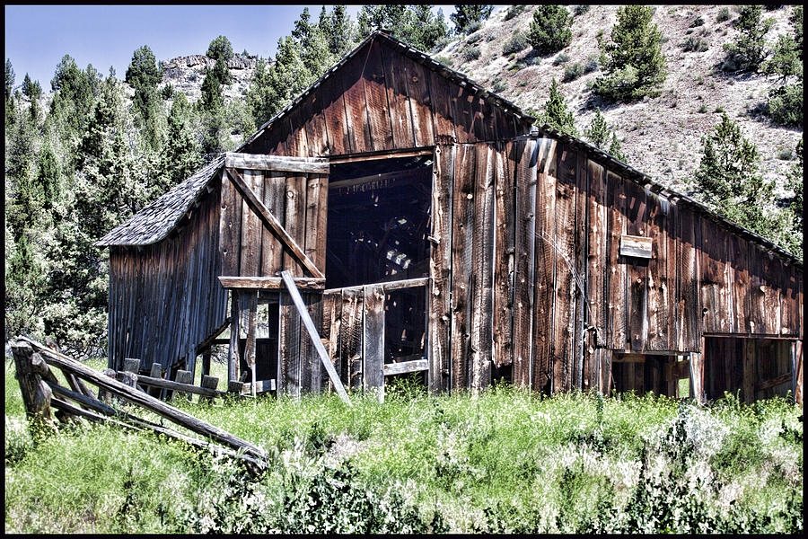 Old Barn by Karen Ulvestad