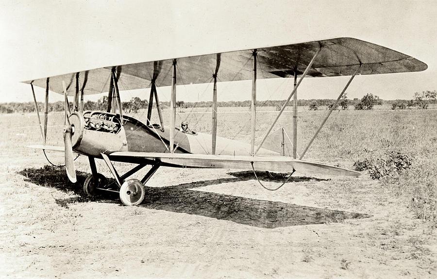 Old Bi-plane Photograph by Andipantz