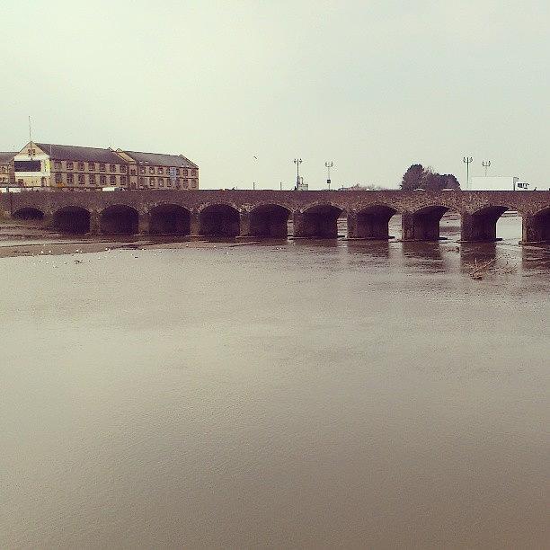 Bridge Photograph - Old #bridge #barnstaple #devon #ndevon by Robin Beer