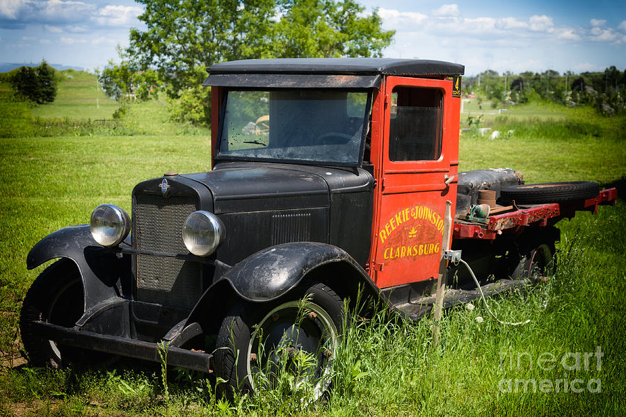 Old Photograph - Old Chevrolet Truck by Les Palenik