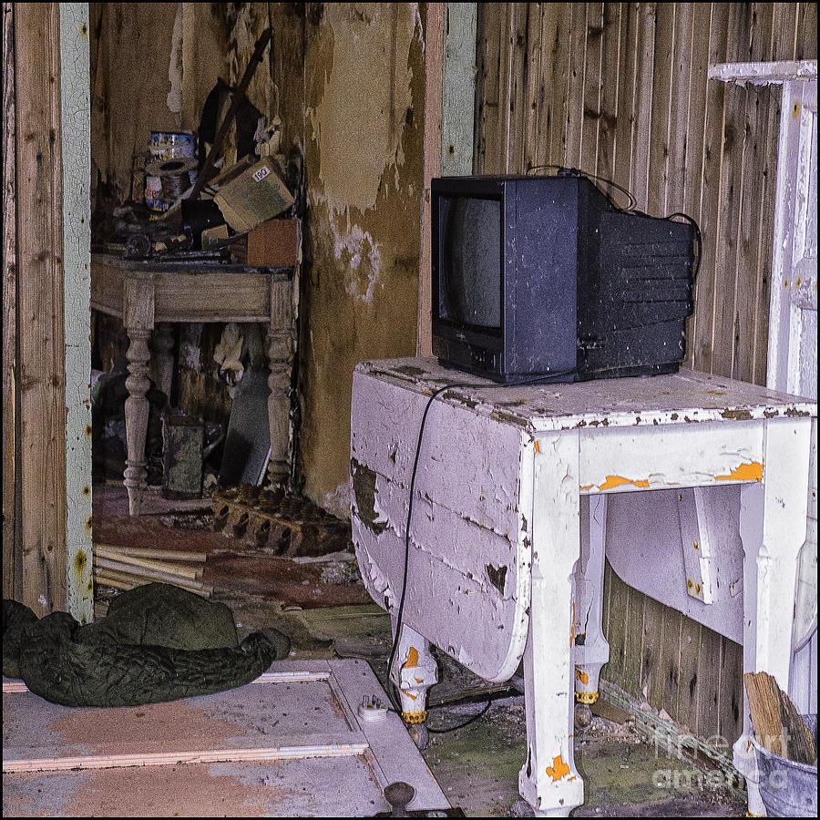 Old Croft No Reception by George Hodlin